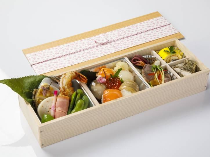 花見弁当<桜>3,000円(税込)
